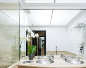 baño de habitación estandar del Hotel Taburiente